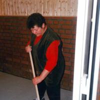 Bild Die Frauen hatten alle Hände voll zu tun, um die Noch-Baustelle in einen angenehmen Aufenthaltsraum zu gestalten